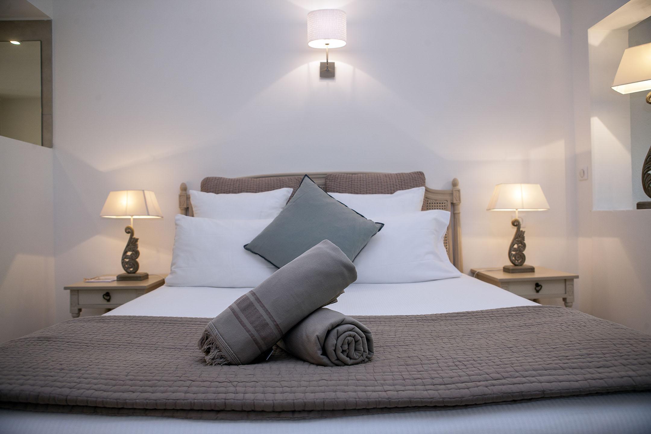 Chambres de Luxe   Hôtel Font Mourier
