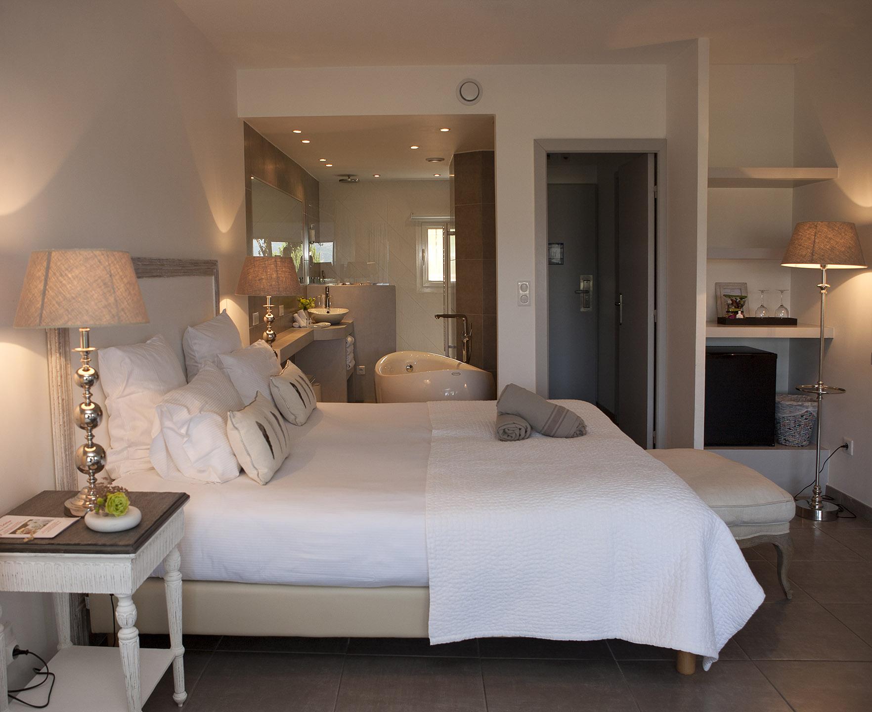 Chambre de luxe   Hôtel Font Mourier